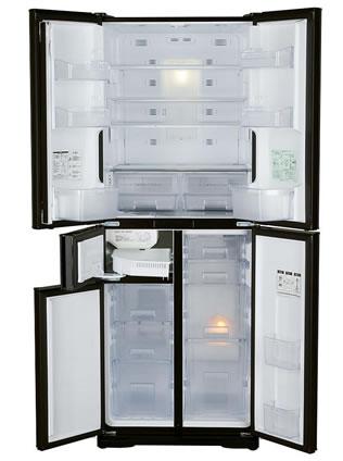 冷蔵庫の開けた写真