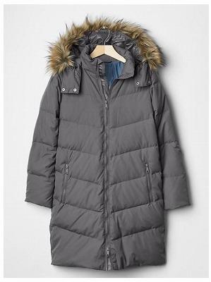 Faus fur-collar chevron dowm puffer coatの写真